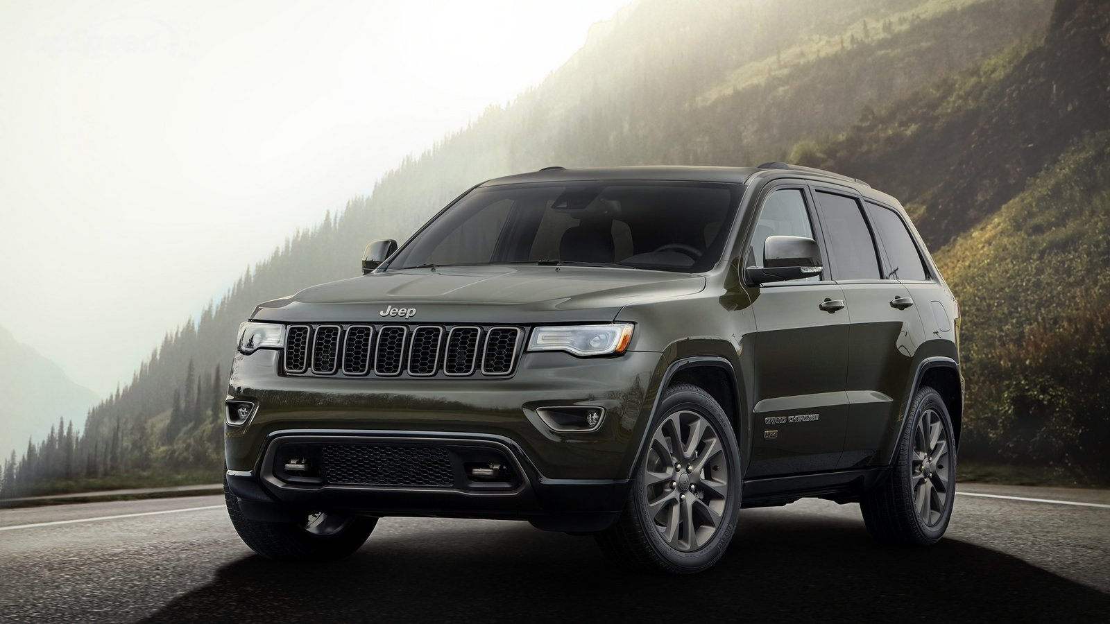 Forest green 75th anniversary edition jeep grand cherokee